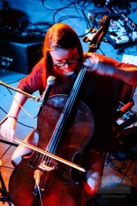Wiolonczelistka zespołu Fismoll