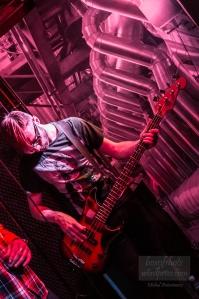 Krzysztof Grudziński – gitara basowa