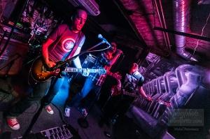 Zespół Power of Trinity, Jakub Koźba – wokal Łukasz Cyprys – gitara Krzysztof Grudziński – gitara basowa Grzegorz Graczyk – perkusja